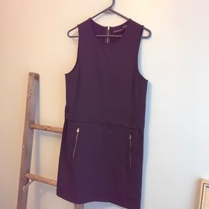 Exposed zippers sleeveless stretchy navy dress